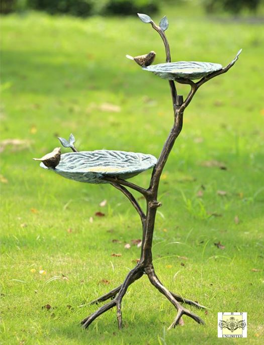 Bird Feeders & Bird Baths