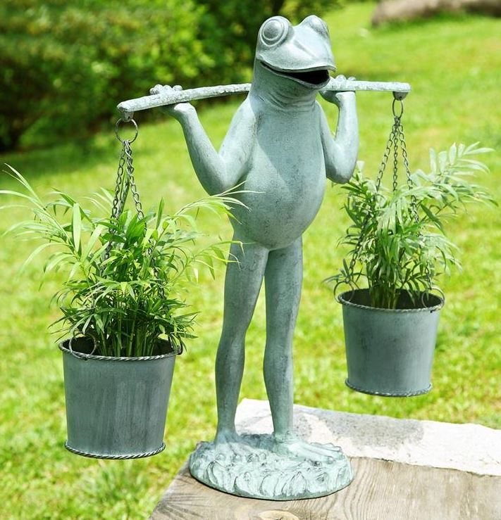 Patio Planter   Farmer Frog
