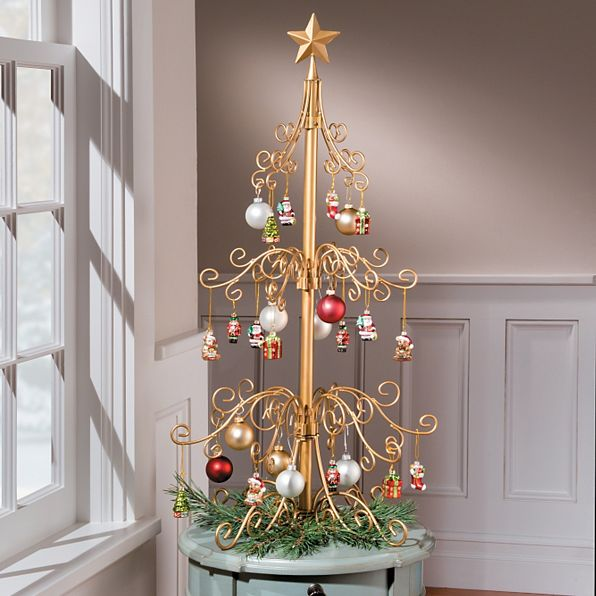 Ornament Tree - Medium 3' Scroll Tree in Black or Gold