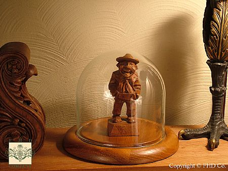 Glass Domes, Glass Display Domes, Acrylic Domes, Doll Domes, Cloches