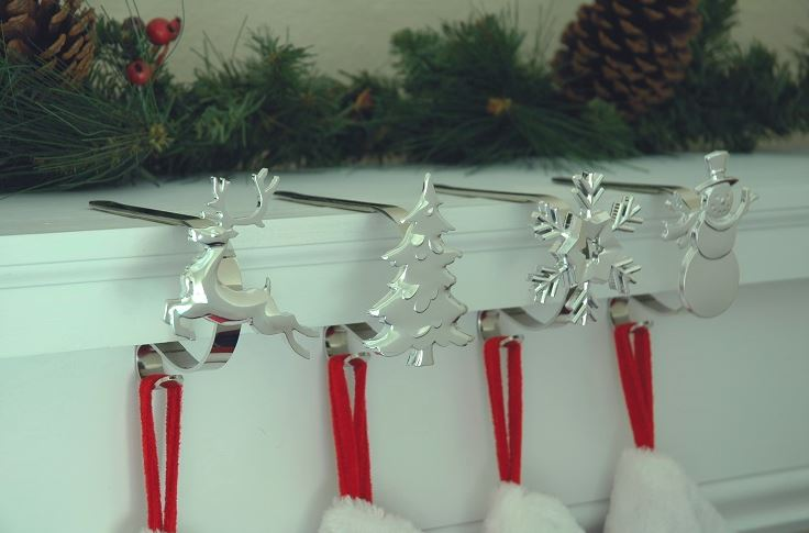MantleClip Stocking Hangers with Decoration - Set of 4 Silver Finish