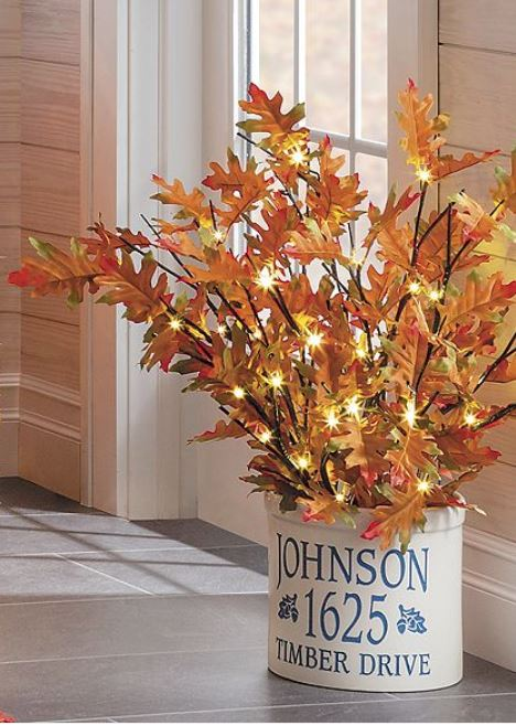 Lighted Display Branches - Fall Oak Leaf