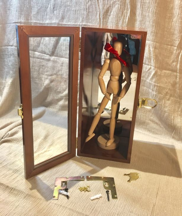 Doll Display - Wall Hanging & Tabletop Case