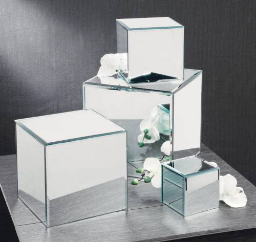 Mirror Pedestal Risers   Set Of 4 Mirror Cubes