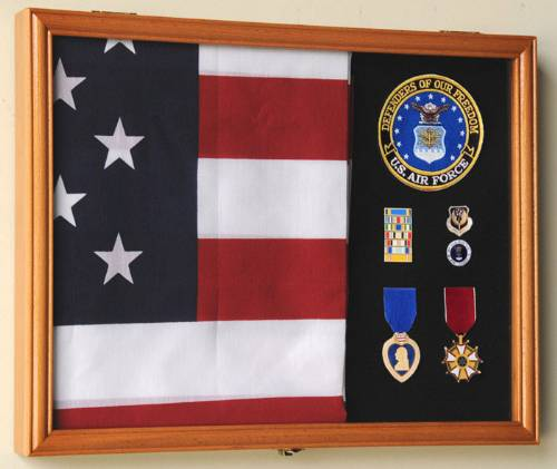 Flag Cases - Medium Rectangular Flag and Medal Case