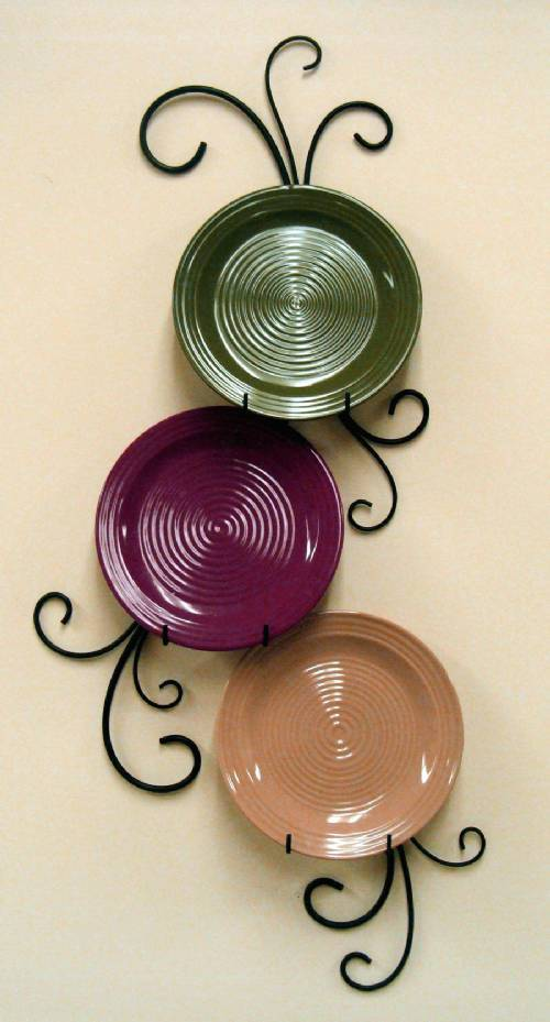 Wrought Iron Plate Hanger - Vertical - Three 9 - 11\  Plates : plate wall hanger - pezcame.com