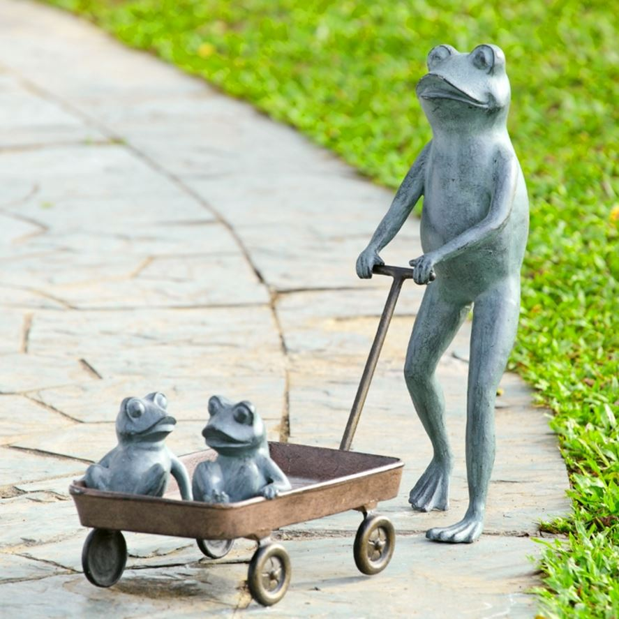 Garden Planter - Frog Family with Wagon